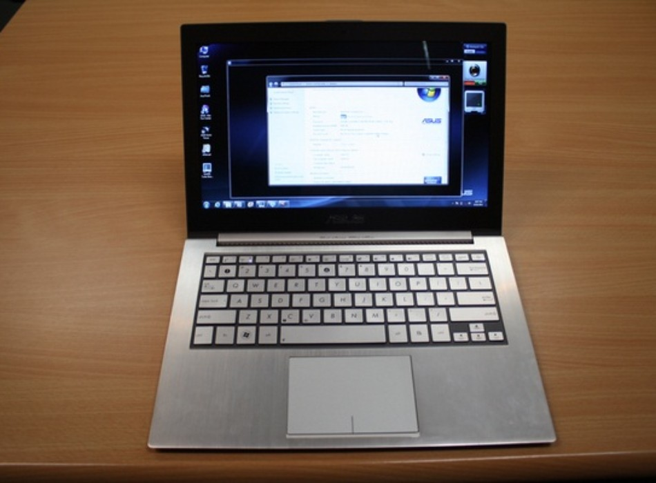 Asus UX31 core i7 haswell ram 8gb ssd 128gb 13.3inch full hd